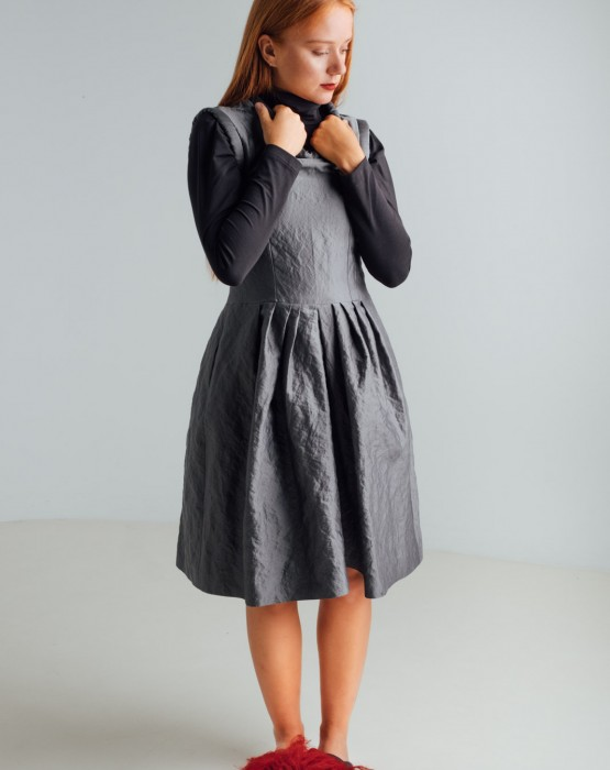 ELEGANT GREY DRESS
