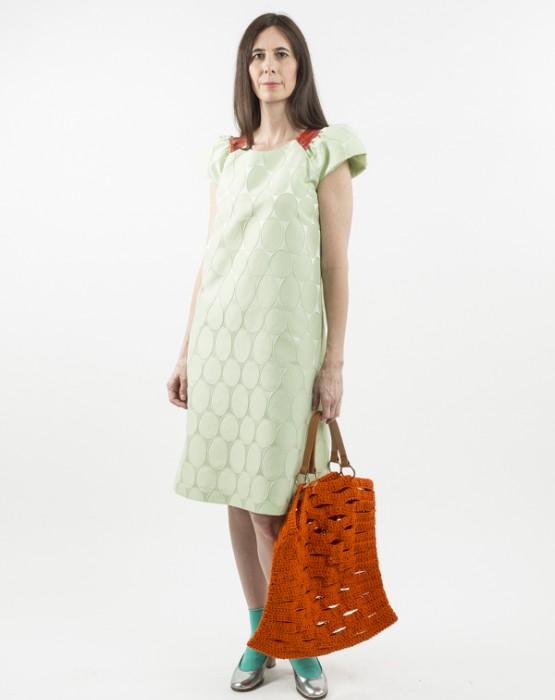 GREEN DRESS WITH RAGLAN SLEEVES